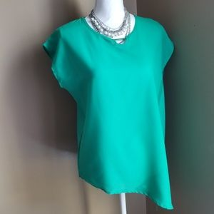 SingWing Tops - Pritty Green Light Weight SingWing Blouse